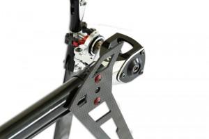 ♦全機採用3K碳纖維板材具抗張拉力、耐腐蝕性、    抗熱膨脹等。