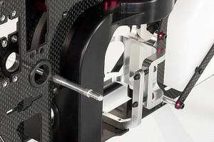 ♦高結構強度一體式引擎座,配合U型固定座連接側板與底板使引擎更加穩固。